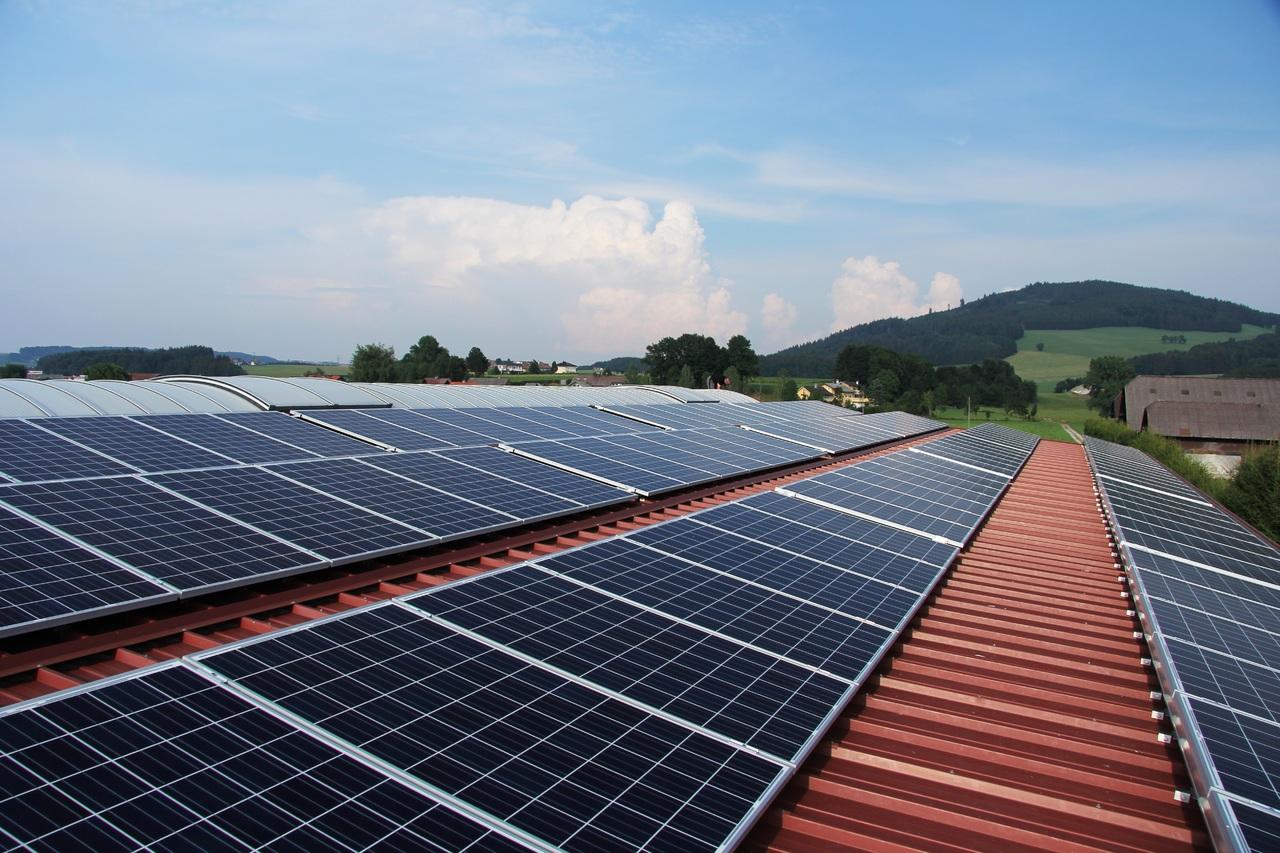 Voltaje en paneles solares