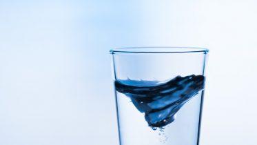 Cómo destilar agua en casa
